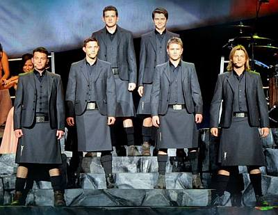 celebrities wearing kilts - celtic thunder