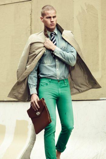men in tight pants - travis hanson - comodo square