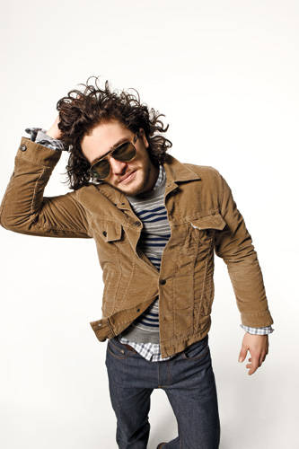 Kit Harington style - levis corduroy jacket and oliver peoples sunglasses