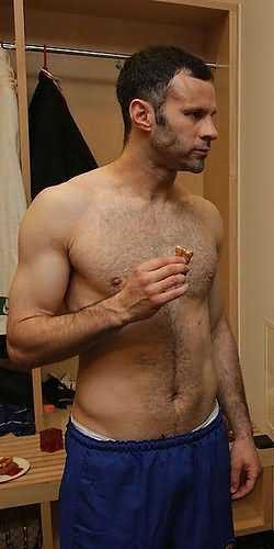 ryan giggs shirtless sexy chest hair