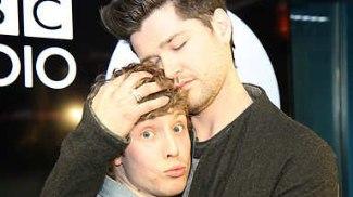 danny odonoghue gay hug