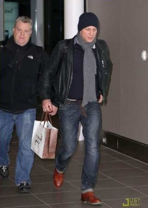 leather jacket for men in 40s armani on daniel craig