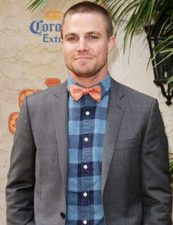 stephen amell fashion