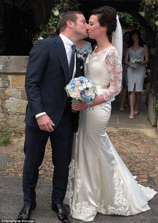 dermot oleary dee koppang wedding kiss