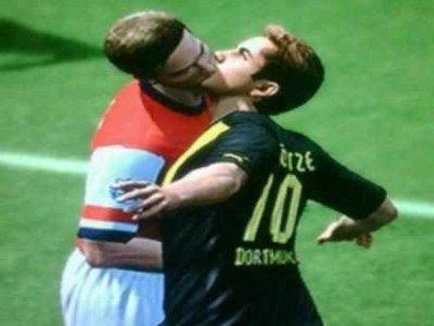 olivier giroud gay kissing mario gotze