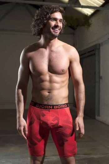 aidan turner underwear lookalike joe wicks - bjorn borg