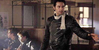richard armitage leather jacket as ricky deeming