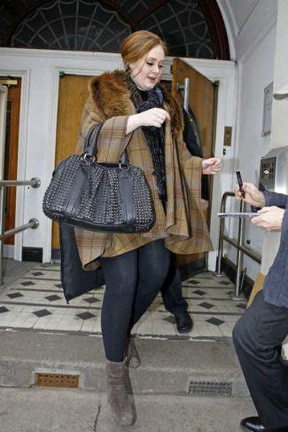 Adele fashion style Burberry Prorsum Knight Bag