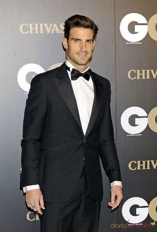 aitor ocio tuxedo suit