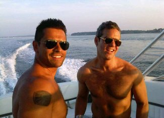 andy cohen shirtless with mark consuelos