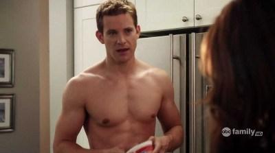 bryce johnson shirtless - pll - Detective Darren Wilden