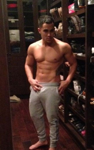 carlos penavega shirtless body2