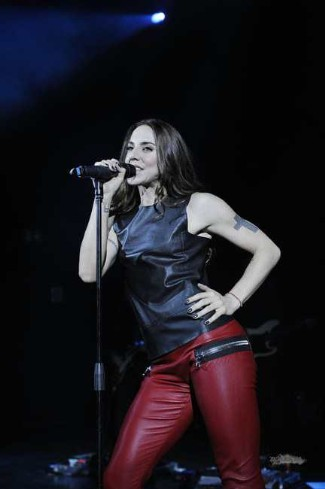 red leather trousers female celebrities - mel c - Les Chiffoniers Stretch Red Leather Leggings