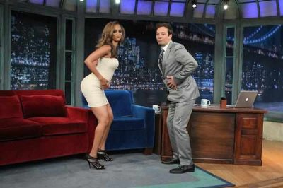 tyra banks booty touch with jimmy fallon