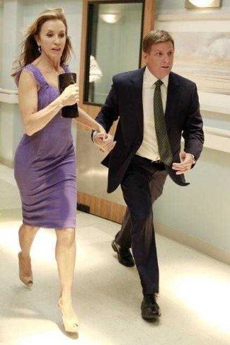 Doug Savant in Desperate Housewives with felicity huffman - last episode dh - finishing the hat