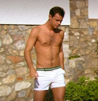 danny dyer short shorts in the business