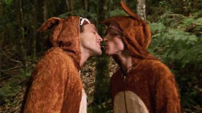 dougie poynter mark wright gay kiss - furries