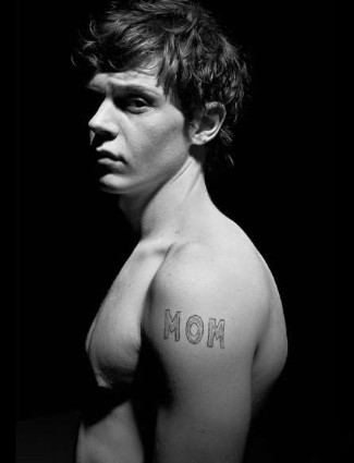 evan-peters-shirtless-flaunt-magazine
