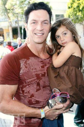 brady anderson with daughter