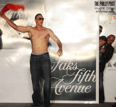 hunter pence shirtless baseball phillie hunk - Shane Victorino Foundation Fashion Show