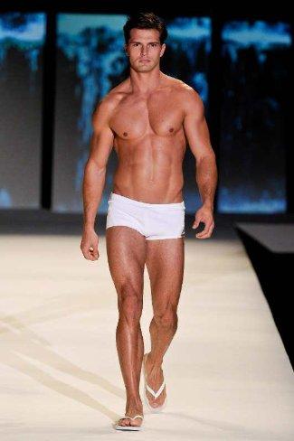 Blue-Man-Swimwear-ForMen-Summer-2013-brazilian-brand