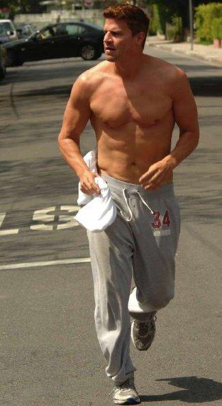 david boreanaz shirtless - running