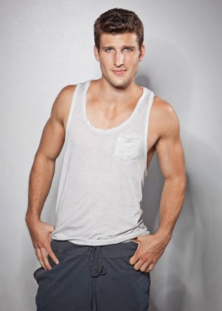 parker young sexy tank top shirts