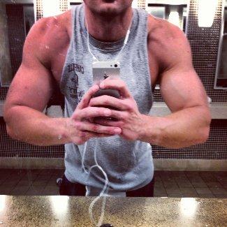 randy wayne bulging muscles