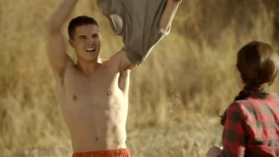 Robbie Amell Shirtless boxers Underwear 1600 penn episode