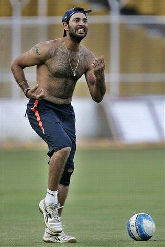 Yuvraj Singh shirtless - batsman - india