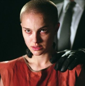 bald actress - natalie portman in v for vendetta