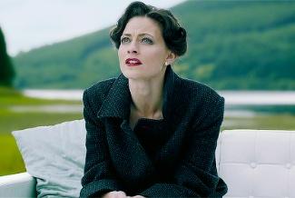 belstaff millford coat for women - lara pulver aka irene adler
