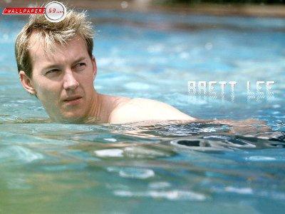 brett_lee_shirtless cricket player