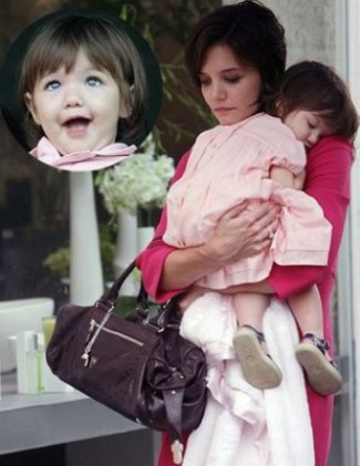 celebrity balenciaga bag - katie holmes with whistle bag