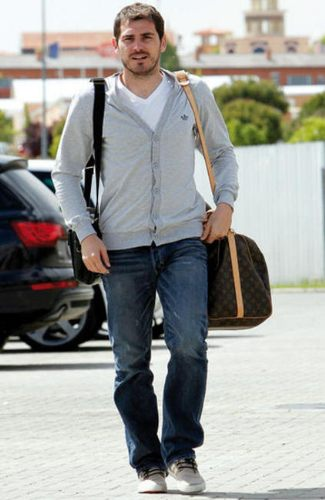 celebrity hunks with louis vuitton - Iker Casillas and Louis Vuitton Keepall 60