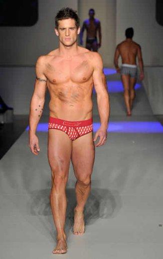 dan ewing mensfit underwear model