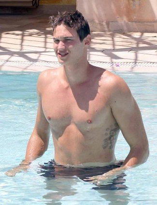 danilo gallinari shirtless italian basketball hunk