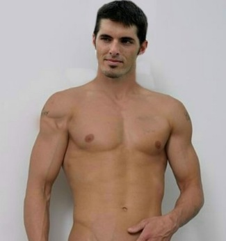 david carr shirtless fake - quarterback for the New York Giants