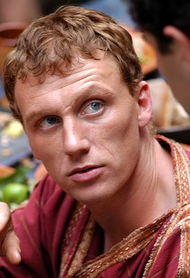 famous male redheads - Kevin McKidd - Scottish actor - lucius in rome