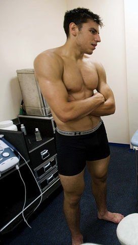 hockey players underwear - milan lucic in boxers