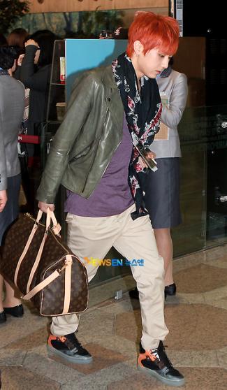 korean male celebrity LV keepall - Jang Hyunseung LV Monogram Canvas Keepall 60