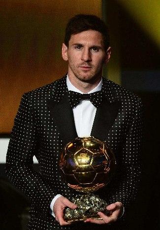 lionel messi suit 2013 - dolce and gabbana - FIFA Ballon dOr Gala 2013