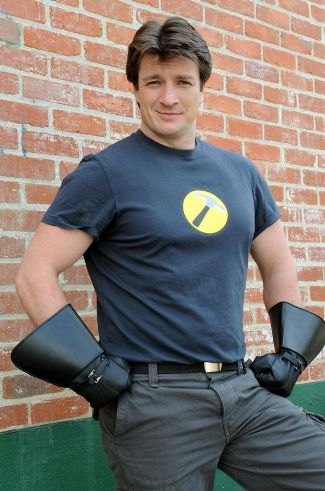 nathan-fillion-captain-hammer