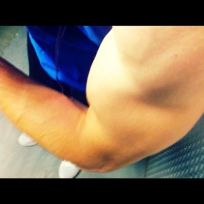 nick uhas bulging biceps