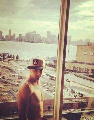 nick uhas shirtless