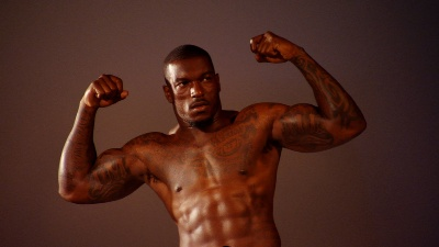 patrick-willis-shirtless-linebacker for the San Francisco 49ers