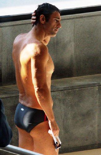 hot italian men - actor raoul bova