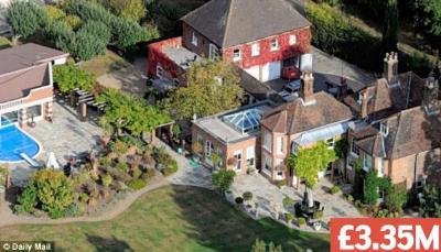 rupert grint real estate properties - parents home