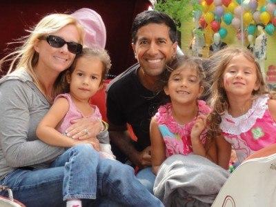 sanjay gupta family - wife and kids three girls