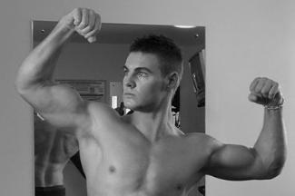 hot scottish male fitness model - nick wolanski